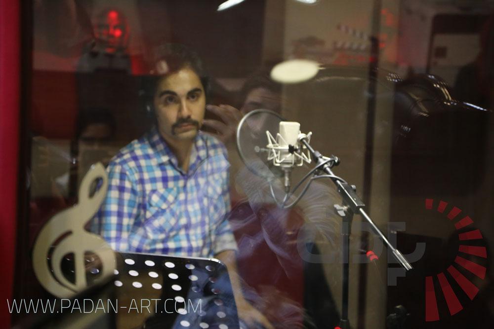 سیاوش مهر در استودیو پادان